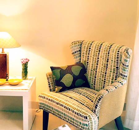 bedroom furniture club chairs